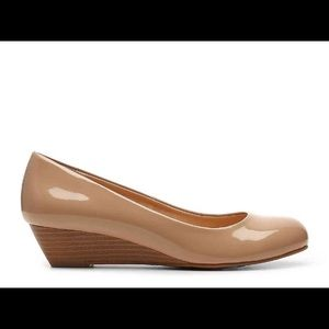 Chinese Laundry Nude Flats with Heel